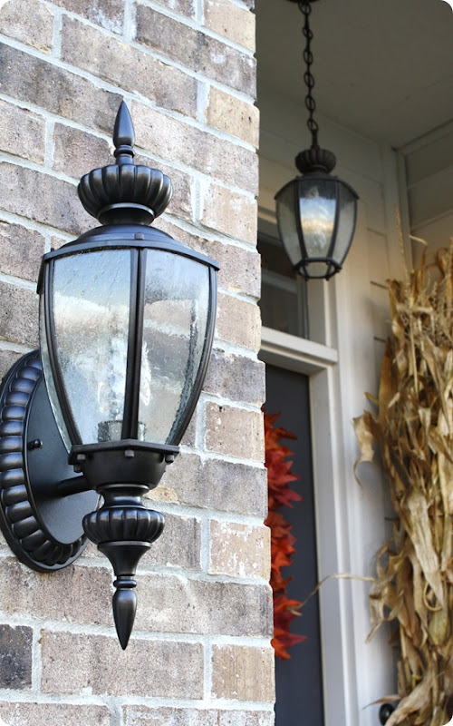 spray painted coach lights in oil rubbed bronze